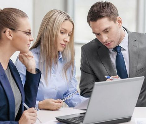 hiring-an-IT-consultant-net9i7csk1o6mjzut3kewpdl03j6pndqyq2c6a35vw